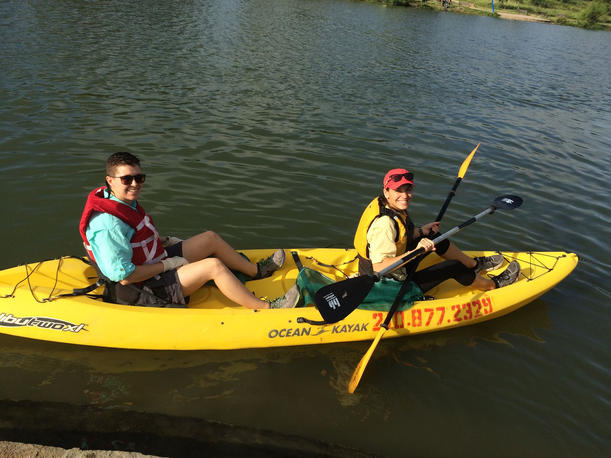 River Warrior volunteers participate in paddling cleanup event